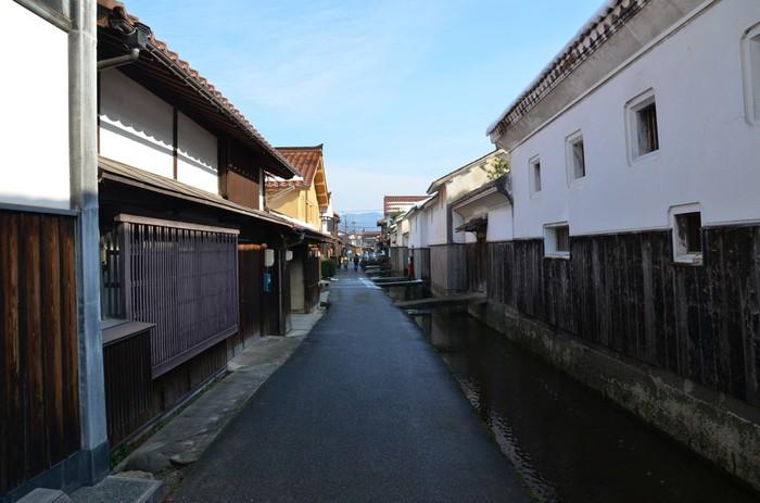 こちらで観光♪街歩き・食べ歩きを楽しむ「倉吉白壁土蔵群」2205830