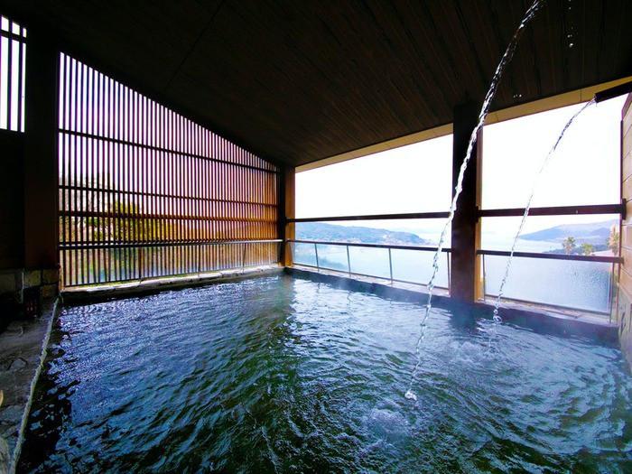 オーシャンビューの絶景風呂&カラフルなバラ風呂2205799